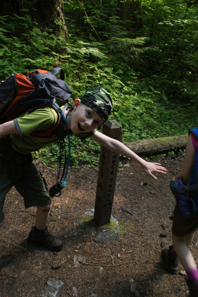 kids hiking, thunder creek camp, north cascades